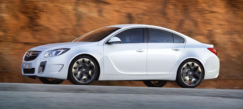 Opel Insignia Sports Tourer OPC: další upalující stěhovák: - fotka 24