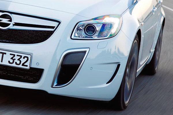 Opel Insignia Sports Tourer OPC: další upalující stěhovák: - fotka 28