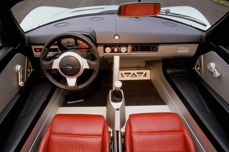 Pod lupou: Opel Speedster – Blesk nízko nad zemí: - fotka 1