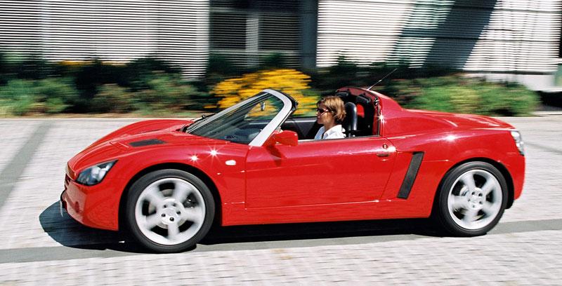 Pod lupou: Opel Speedster – Blesk nízko nad zemí: - fotka 11