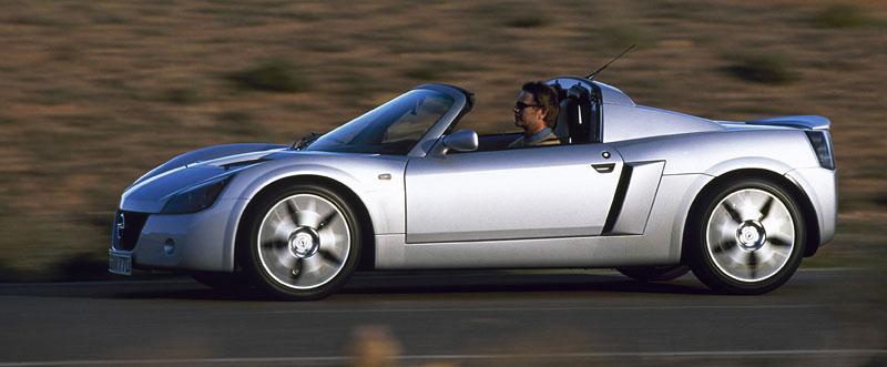 Pod lupou: Opel Speedster – Blesk nízko nad zemí: - fotka 19