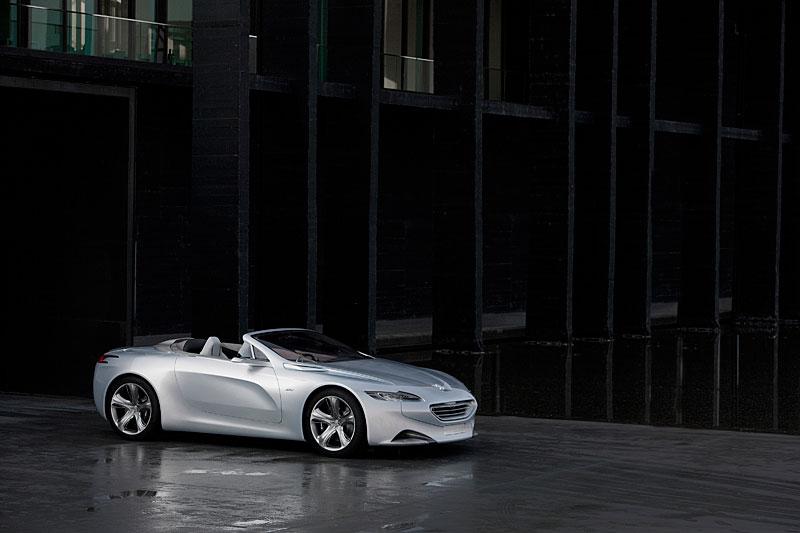 Koncept SR1: nová image Peugeotu přichází: - fotka 10