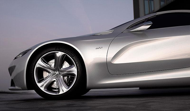 Koncept SR1: nová image Peugeotu přichází: - fotka 21