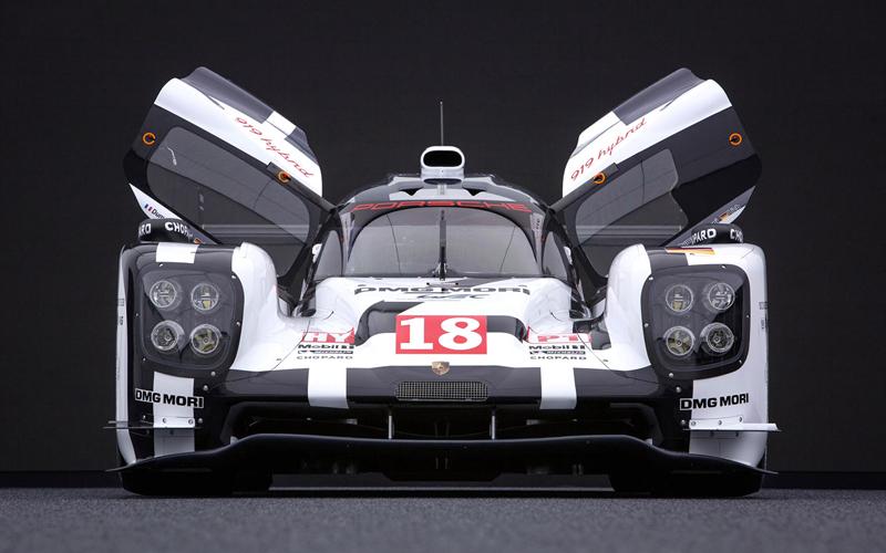 Maketa Porsche 919 Hybrid vydražena: - fotka 1