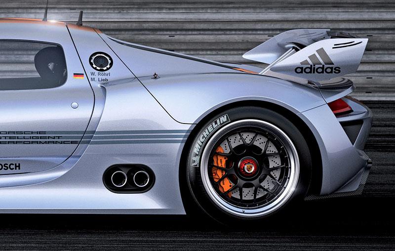 Detroit 2011: Porsche 918 RSR: hybridní závoďák se představuje: - fotka 23