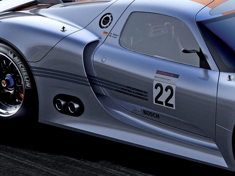 Detroit 2011: Porsche 918 RSR: hybridní závoďák se představuje: - fotka 28