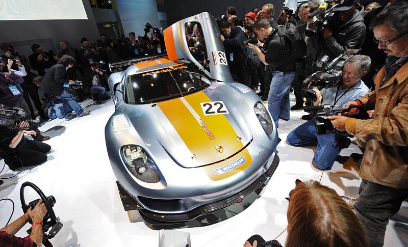 Detroit 2011: Porsche 918 RSR: hybridní závoďák se představuje: - fotka 34