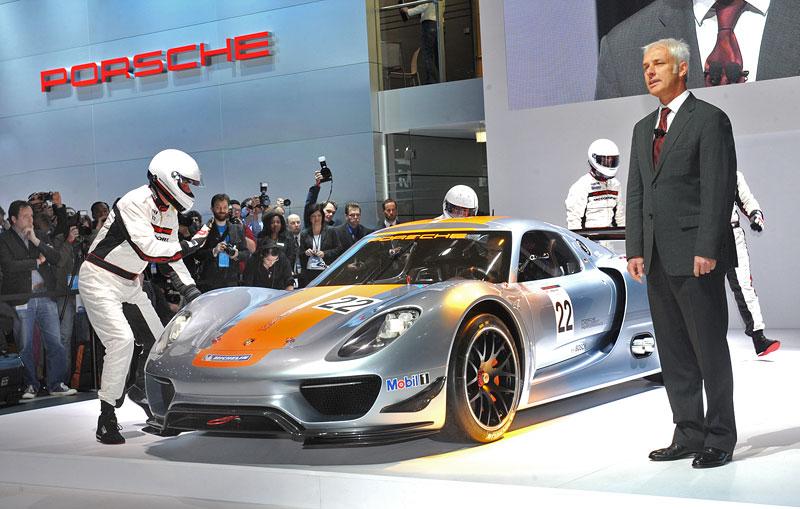 Detroit 2011: Porsche 918 RSR: hybridní závoďák se představuje: - fotka 39