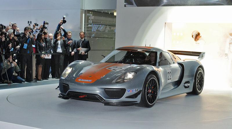 Detroit 2011: Porsche 918 RSR: hybridní závoďák se představuje: - fotka 40