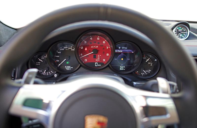 Test: Porsche 911 Carrera 4 GTS – Srdeční záležitost: - fotka 7
