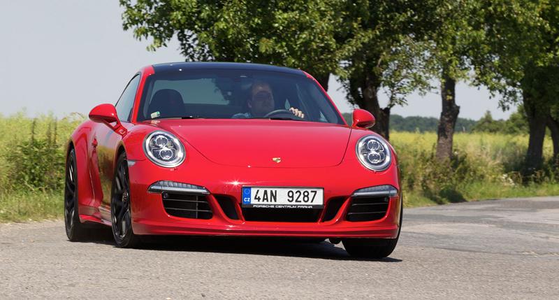 Test: Porsche 911 Carrera 4 GTS – Srdeční záležitost: - fotka 35