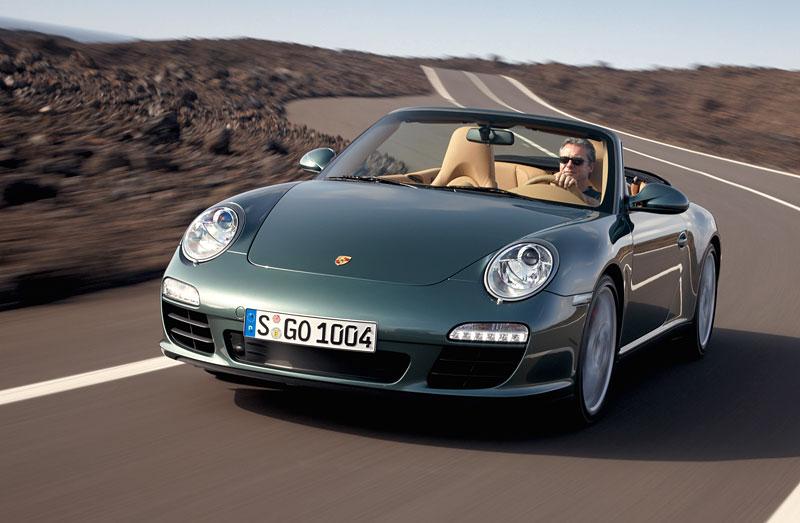 Porsche 911 facelift - první oficiální fotografie: - fotka 2