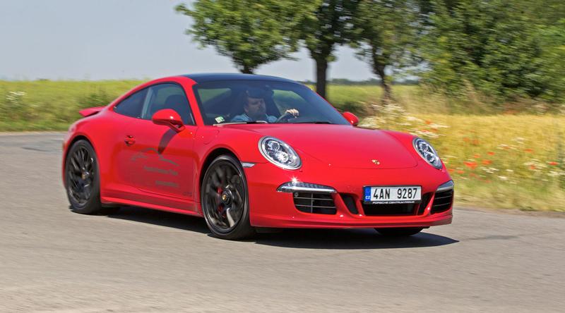 Test: Porsche 911 Carrera 4 GTS – Srdeční záležitost: - fotka 37