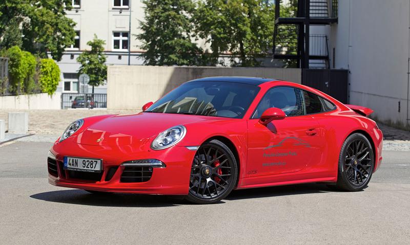 Test: Porsche 911 Carrera 4 GTS – Srdeční záležitost: - fotka 38