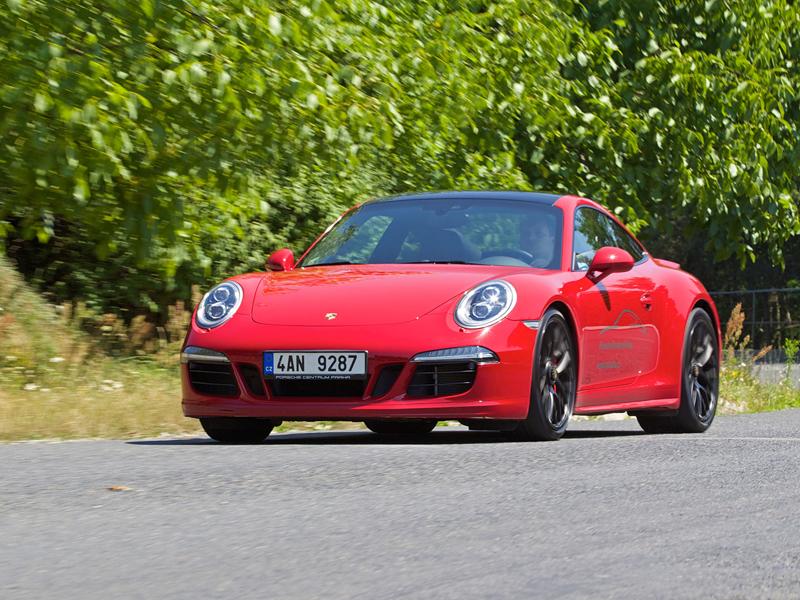 Test: Porsche 911 Carrera 4 GTS – Srdeční záležitost: - fotka 39