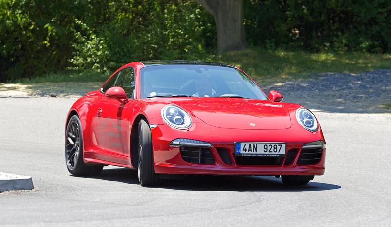Test: Porsche 911 Carrera 4 GTS – Srdeční záležitost: - fotka 41
