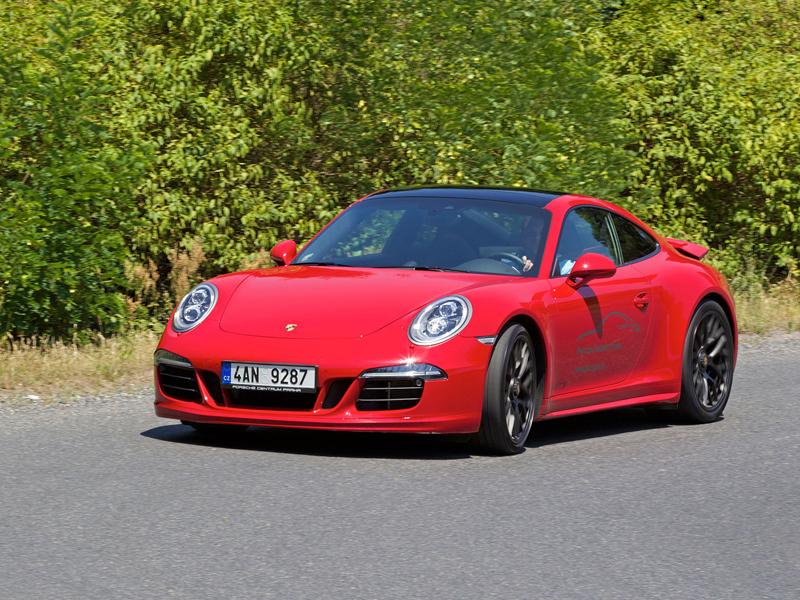 Test: Porsche 911 Carrera 4 GTS – Srdeční záležitost: - fotka 42
