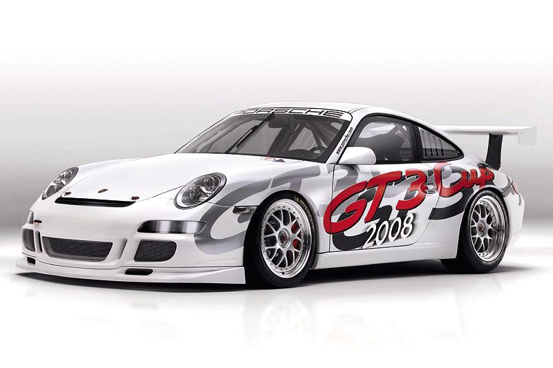 Porsche 911 GT3 Cup: Mokrý sen: - fotka 1