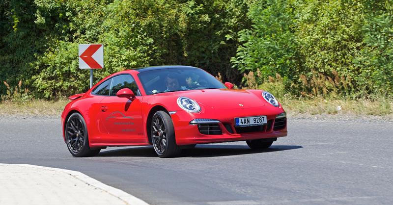 Test: Porsche 911 Carrera 4 GTS – Srdeční záležitost: - fotka 43