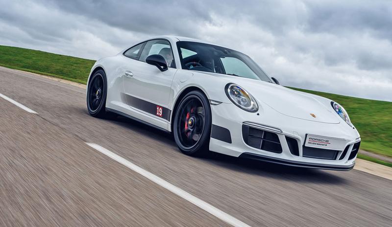 Porsche 911 Carrera 4 GTS British Legends Edition v barvách slavných vítězů z Le Mans: - fotka 9