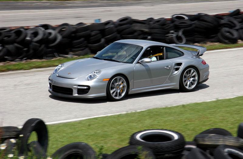 Switzer GT2 R911S: odpověď na tovární 911 GT2 RS: - fotka 6