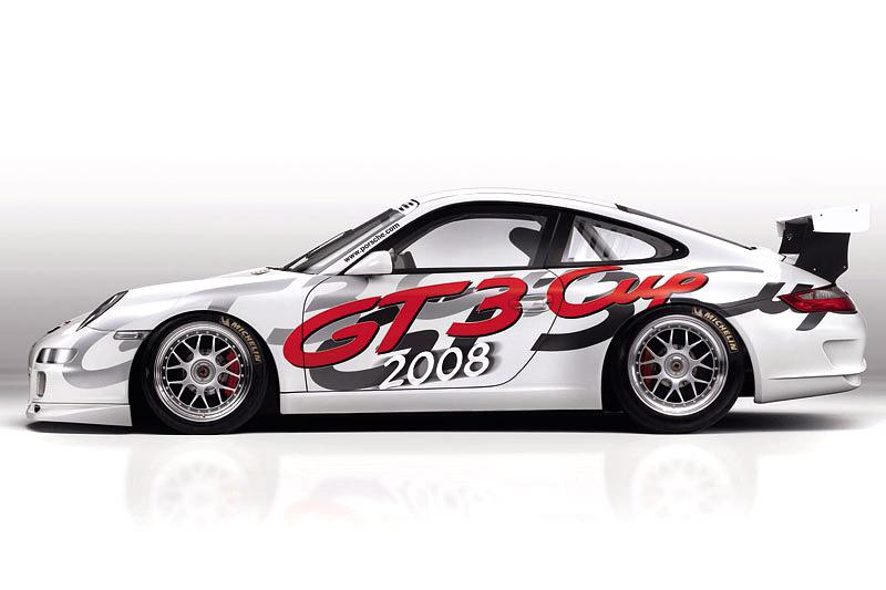 Porsche 911 GT3 Cup: Mokrý sen: - fotka 3