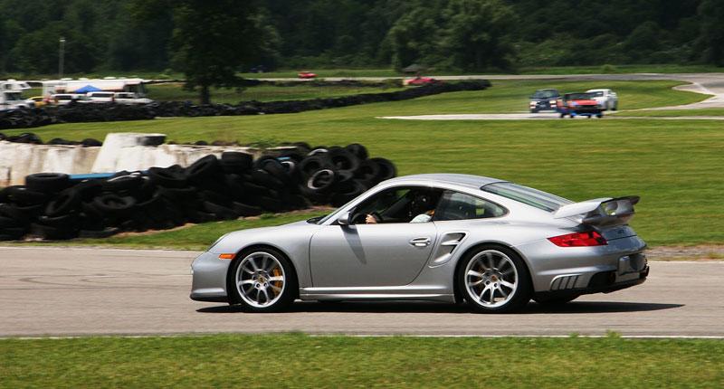 Switzer GT2 R911S: odpověď na tovární 911 GT2 RS: - fotka 8