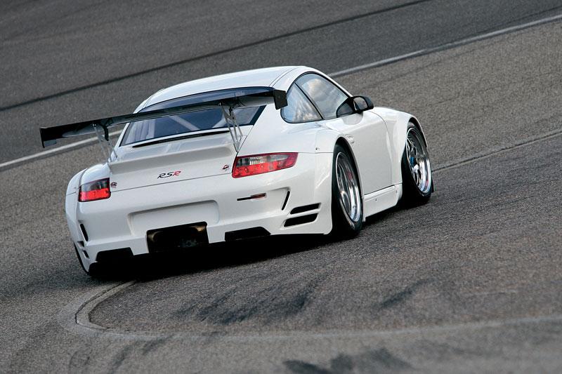 Porsche 911 GT3 RSR: modernizace závodní 911: - fotka 6