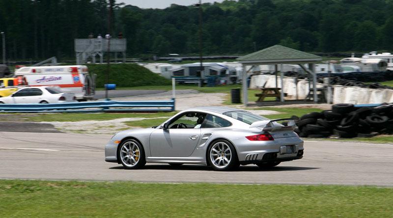 Switzer GT2 R911S: odpověď na tovární 911 GT2 RS: - fotka 10