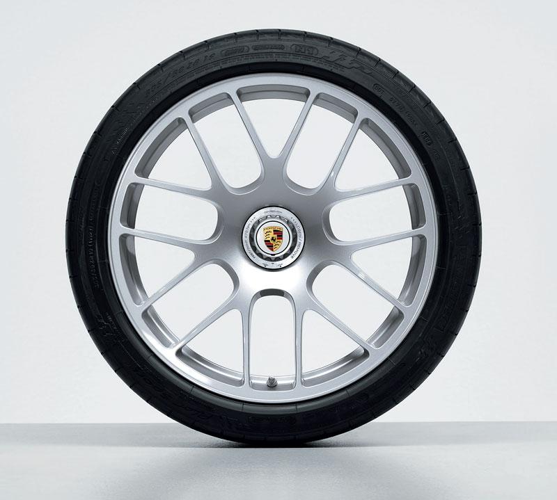 Porsche 911 Turbo: nová kola ve stylu závoďáku RS Spyder: - fotka 3