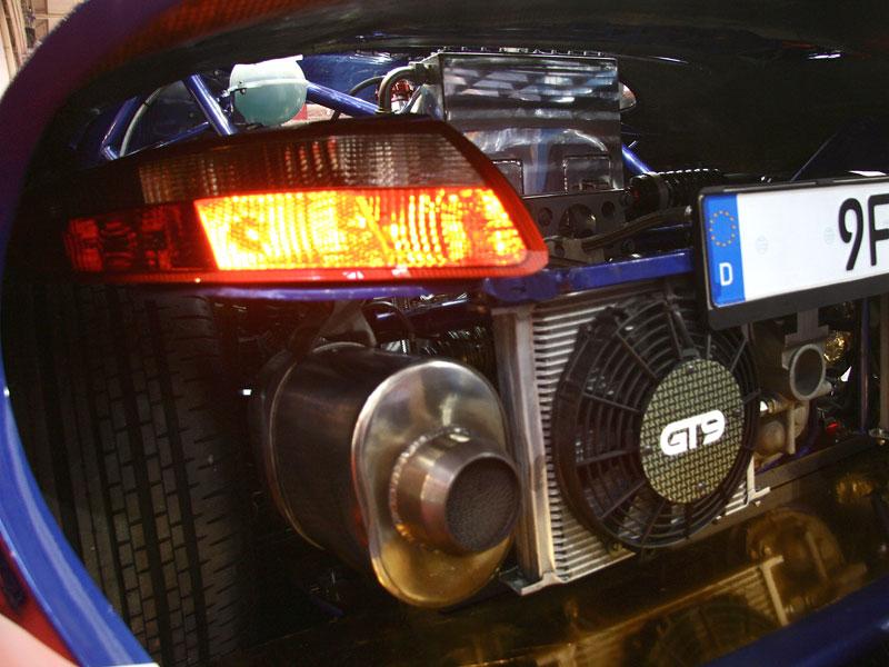 Essen živě: 9ff GT9 je další adept na pokoření 400 km/h: - fotka 12