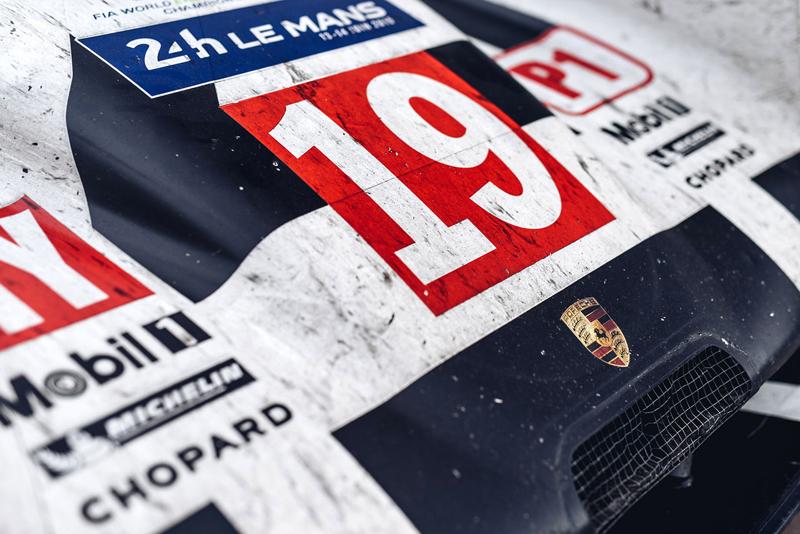Porsche 911 Carrera 4 GTS British Legends Edition v barvách slavných vítězů z Le Mans: - fotka 16