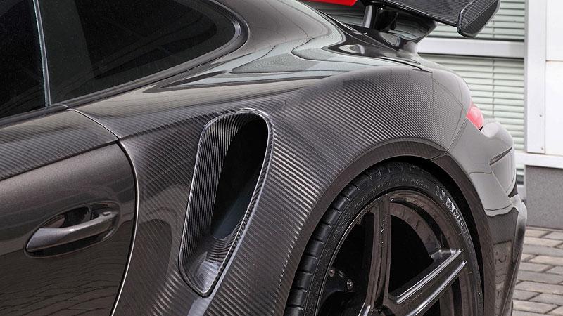 Porsche 911 Turbo v karbonovém kabátku od TopCar: - fotka 17