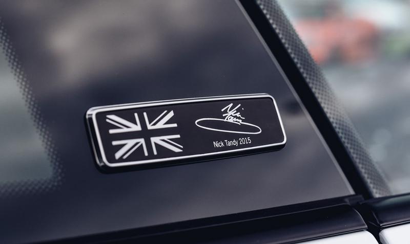 Porsche 911 Carrera 4 GTS British Legends Edition v barvách slavných vítězů z Le Mans: - fotka 20