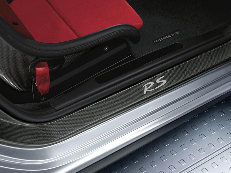 Porsche 911 GT2 RS: první oficiální fotky a informace: - fotka 9