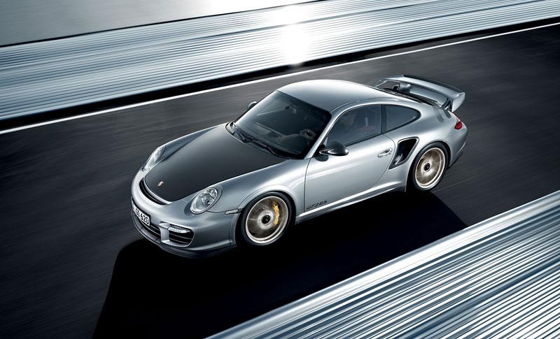 Porsche 911 GT2 RS: první oficiální fotky a informace: - fotka 13