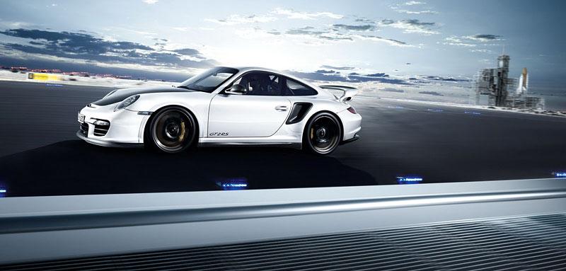 Porsche 911 GT2 RS: první oficiální fotky a informace: - fotka 23