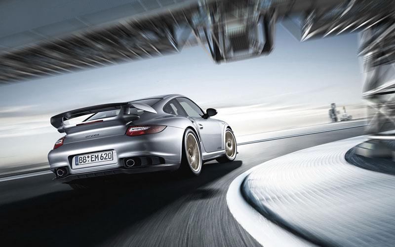 Porsche 911 GT2 RS: první oficiální fotky a informace: - fotka 29