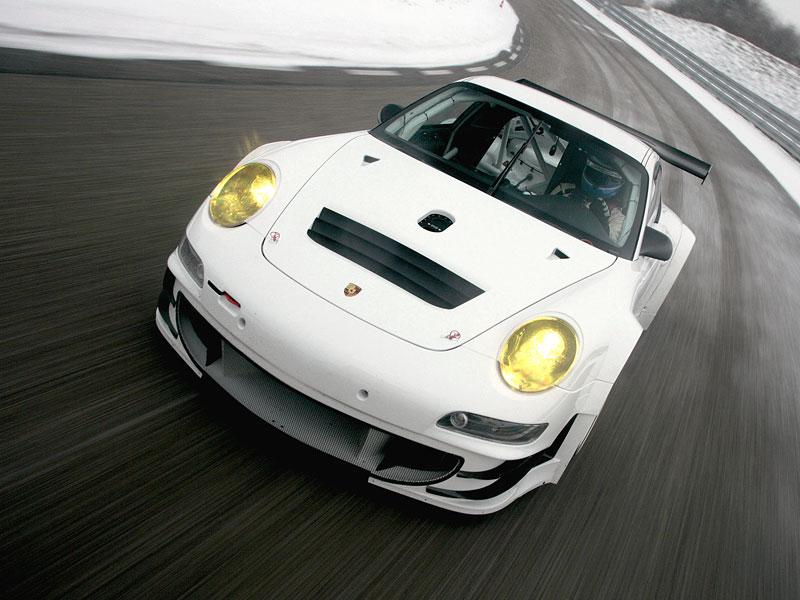Porsche 911 GT3 RSR: Větší objem a vyšší výkon: - fotka 2