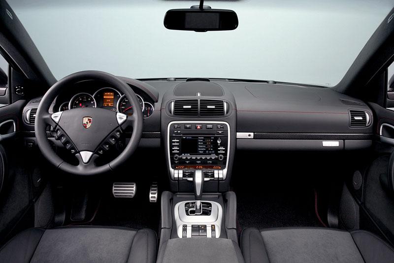 Porsche Cayenne GTS Porsche Design Edition 3: exkluzivní SUV: - fotka 2