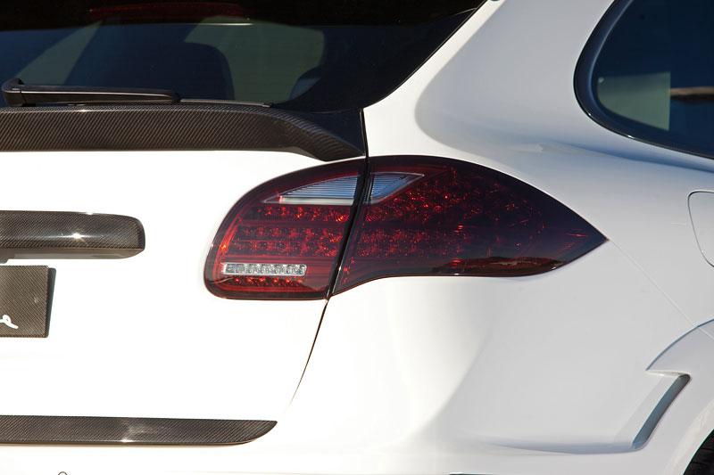 Ženeva 2011: Lumma CLR 558 GT: - fotka 17