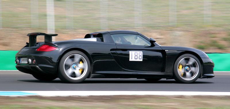 Klub sportovních aut pokřtil asfalt Automotodromu Brno: - fotka 124