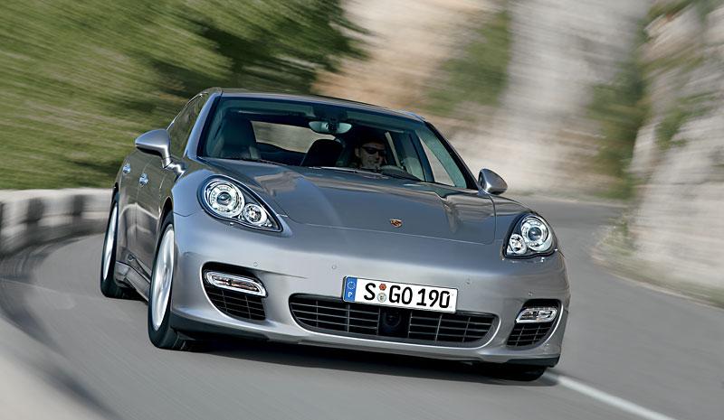 Porsche Panamera má za sebou světovou premiéru: - fotka 13