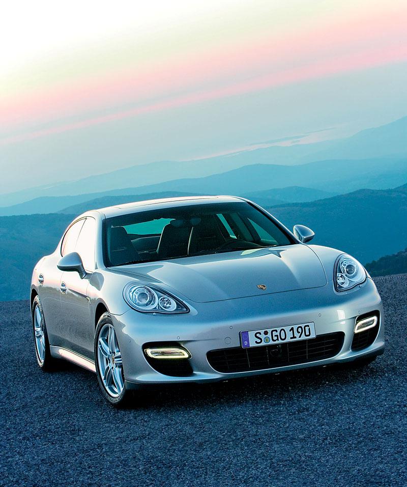 Porsche Panamera má za sebou světovou premiéru: - fotka 18