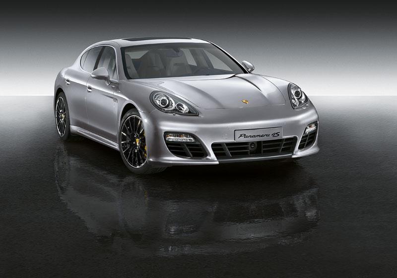 Porsche má nový individualizační program pro liftback Panamera: - fotka 1