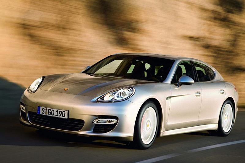 Porsche Panamera má za sebou světovou premiéru: - fotka 21