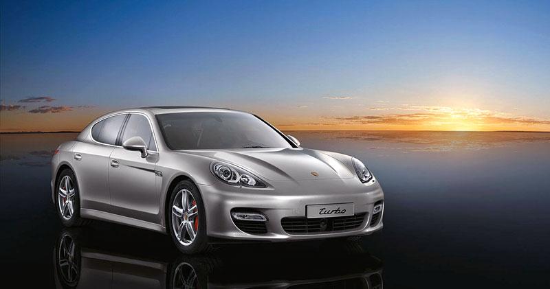 Porsche Panamera má za sebou světovou premiéru: - fotka 25