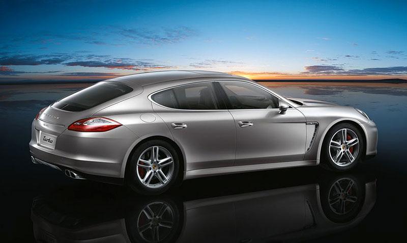 Porsche Panamera má za sebou světovou premiéru: - fotka 36