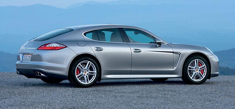 Porsche: prodejní úspěchy současnosti i minulosti: - fotka 129