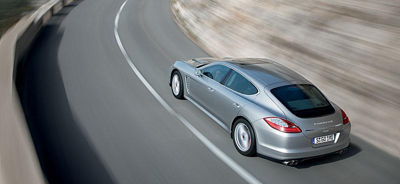 Porsche Panamera má za sebou světovou premiéru: - fotka 40